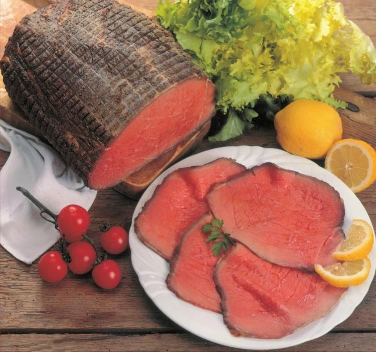 Allargata gamma di specialità gastronomicheche include carni cotte ed anche affumicate